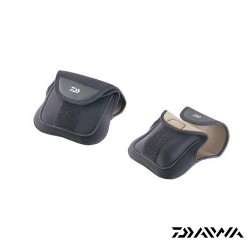 Husa Neopren pentru Mulineta Baitcast 12x26cm • Daiwa